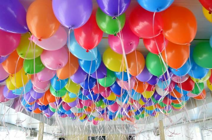 Как украсить бизнес мероприятие или выставку шарами?