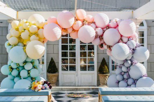 Какие праздники оформляют шарами?